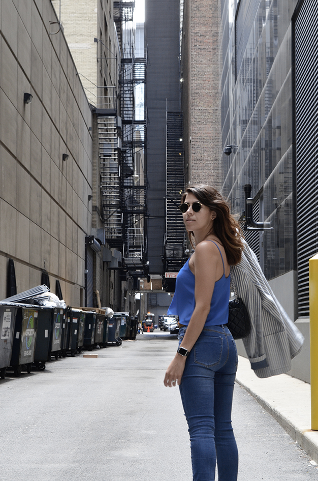 chicagostyle-personalstyle-style-bluejeans-jeans-whotowear-whatiwear-travellook-look-karlavargas